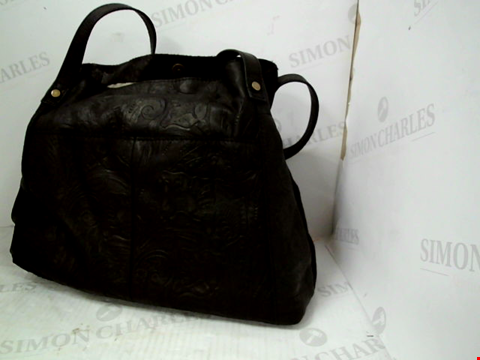 Lot 1324 A AMERICAN LEATHER LIBERTY SHOPPER BLACK TOOLED BAG