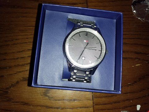 Lot 9273 TOMMY HILFIGER DARK GREY DIAL WATCH  RRP £200.00