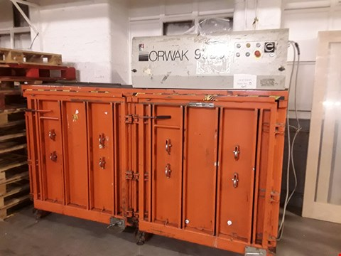 Lot 13501 ORWAK 9020 TRIPLE CHAMBER CARDBOARD AND PLASTIC BALER