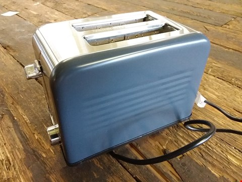 Lot 619 LOT OF 5 ASSORTED ITEMS TO INCLUDE PREMIUM AIRBED, HEATED THROW, GRAPHITE 2 SLICE TOASTER ETC