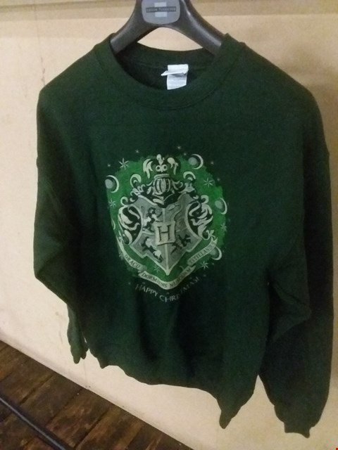 Lot 5076 BRAND NEW MEDIUM HARRY POTTER - HAPPY HOGWARTS SWEATSHIRT