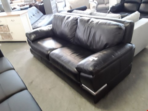 Lot 339 DESIGNER BLACK LEATHER 2 SEATER SOFA WITH CHROME DETAILING