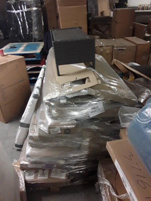 Lot 6060 PALLET OF ASSORTED FLAT PACK FURNITURE ITEMS/PARTS