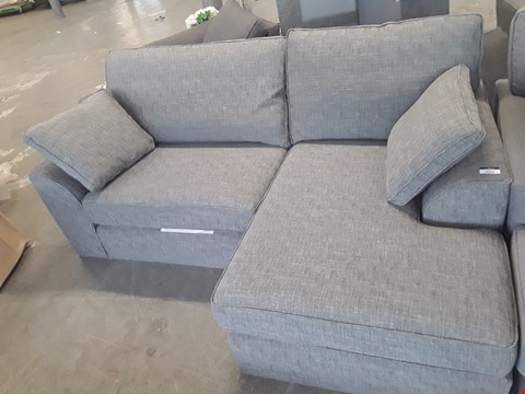 Lot 31 QUALITY BRITISH DESIGNER GREY WEAVE FABRIC CORNER CHAISE SOFA