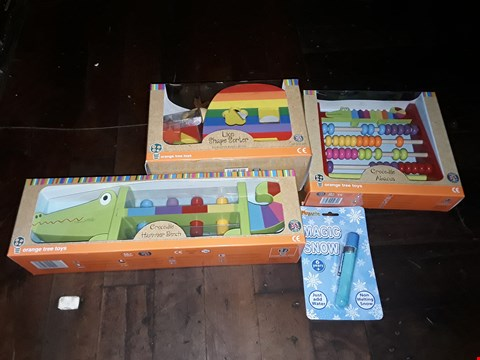 Lot 2134 LOT OF 4 TOYS TO INCLUDE CROCODILE HAMMER BENCH, CROCODILE ABACUS AND LION SHAPE SORTER