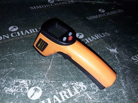Lot 1035 XUELIEE INFRARED THERMOMETER