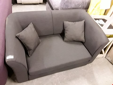 Lot 17 DESIGNER CHARCOAL FABRIC 2 SEATER SOFA WITH SCATTER CUSHIONS