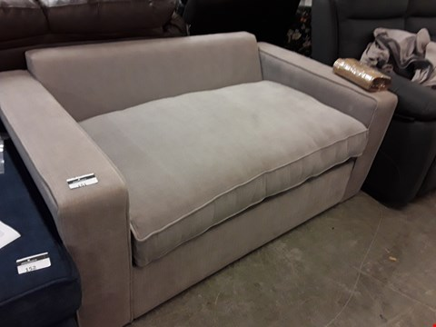 Lot 16 QUALITY HAND MADE WESTBURY DOVE COTTON METAL  ACTION SOFA BED WITH AN OPEN SPRUNG MATTRESS  RRP £2145.00