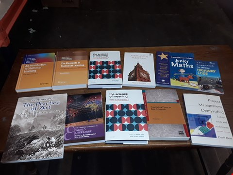 Lot 170 LOT OF APPROXIMATELY 11 ASSORTED ITEMS TO INCLUDE THE ELEMENTS OF STATISTICAL LEARNING, UNDERSTANDING PUBLIC LAW AND THE PRACTICE OF ART ECT