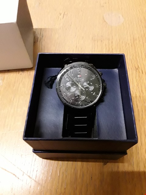 Lot 9015 GRADE 1 TOMMY HILFIGER BLACK CHRONOGRAPH DIAL BLACK IP STAINLESS STEEL BRACELET MENS WATCH RRP £225.00