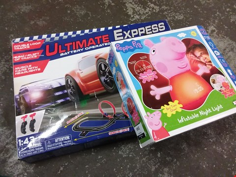 Lot 165 LOT OF 2 KIDS ITEMS TO INCLUDE PEPPA PIG INFLATABLE NIGHTLIGHT AND ROAD RACING SET