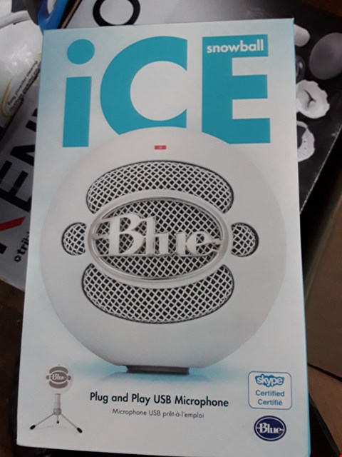 Lot 1293 BLUE SNOWBALL ICE PLUG AND PLAY USE MICROPHONE  RRP £69.99
