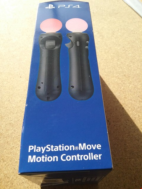 Lot 9041 A PLAYSTATION MOVE MOTION CONTROLLER