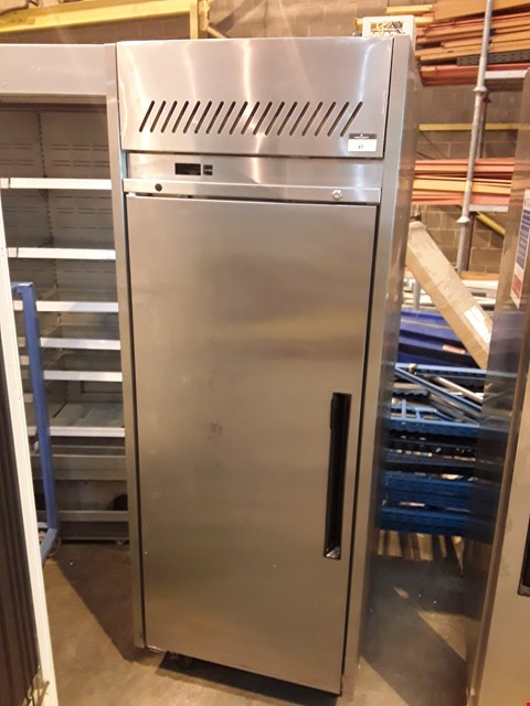 Lot 4003 COMMERCIAL UPRIGHT FREEZER