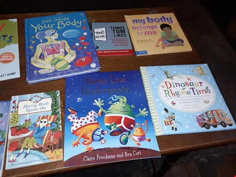 Lot 155 LOT OF APPROXIMATELY 21 ASSORTED CHILDRENS BOOKS TO INCLUDE WHERE ARE YOU LAURA, WHIZZIWIG RETURNS BAD KITTY HAPPY BIRTHDAY AND MERMAID MAGIC ECT