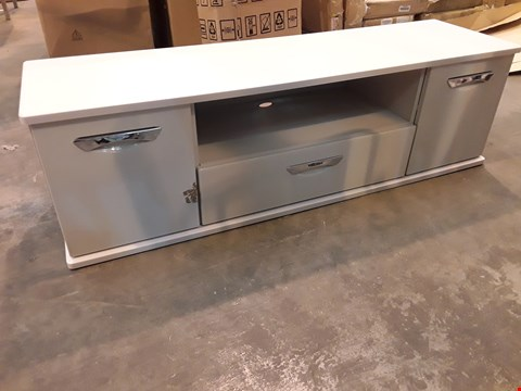Lot 7015 DESIGNER WHITE HIGH GLOSS WARDROBE CHEST UNIT