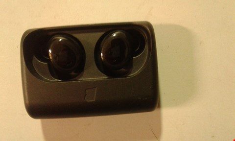 Lot 199 BRAGI THE DASH WIRELESS SMART EARPHONES