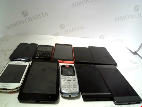 Lot 6104 LOT OF 10 ASSORTED MOBILE PHONES AND SMARTPHONES ETC