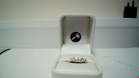 Lot 17 18CT GOLD HALF ETERNITY RING NBAR SET WITH DIAMONDS WEIGHING +1.20CT RRP £3000.00