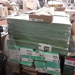 Lot 9015 PALLET OF 39 PACKS OF LAMINATE FLOORING AND INSULATION