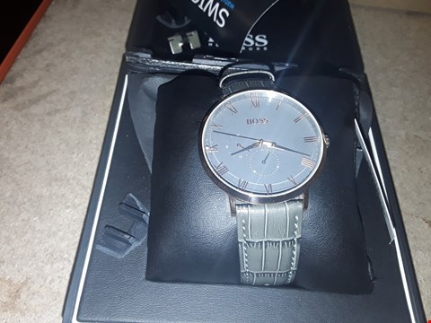 Lot 9240 GRADE 1 HUGO BOSS WILLIAM GREY AND ROSE GOLD DETAIL WRISTWATCH  RRP £259.00