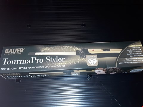 Lot 49 BOXED BAUER PROFESSIONAL TOURMAPRO STYLER