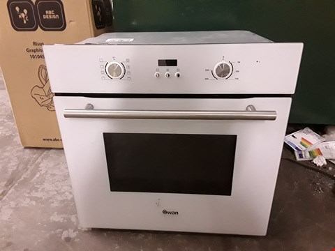 Lot 8 SWAN SXB70110W INTEGRATED SINGLE ELECTRIC FAN OVEN