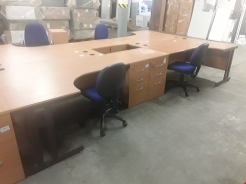 Lot 83 6 ITEMS OF OFFICE EQUIPTMENT: TWO OAK EFFECT CORNER DESKS, TWO 3-DRAWER CHESTS AND TWO OFFICE CHAIRS