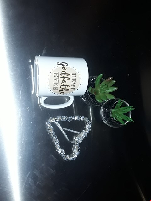 Lot 316 LOT TO INCLUDE ARTIFICIAL PLANTS, HEART DECORATIONS, PERSONALISED MUG RRP £58.00