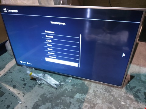 "Lot 152 SONY BRAVIA KD55XG70 55"" TV WITH REMOTE"
