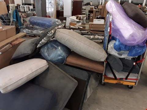 Lot 159 LARGE QUANTITY OF ASSORTED SOFA CUSHIONS IN VARIOUS COLOURS