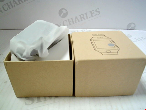 Lot 5813 BOXED UNBRANDED SMARTWATCH