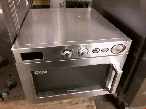 Lot 9071 SAMSUNG CM1919 1850W STAINLESS STEEL MICROWAVE