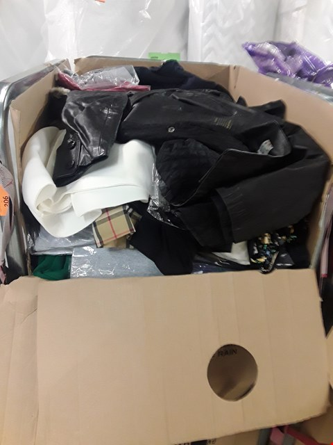 Lot 206 CAGE OF ASSORTED UNPROCESSED ADULT CLOTHING