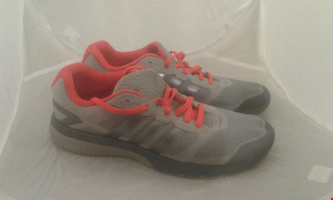 Lot 2012 PAIR OF ADIDAS SUPERCLOUD RUNNING SIZE 9.5