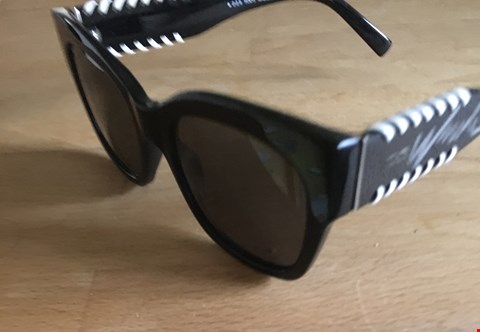 Lot 39 SIGNED SHADES DONATED BY HOLLYWOOD ACTRESS NICOLE KIDMAN