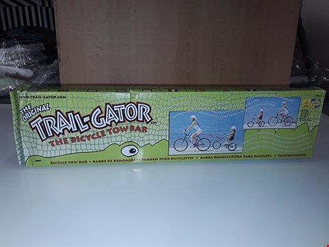 Lot 186 THE ORIGINAL TRAIL GATOR BICYCLE TOW BAR