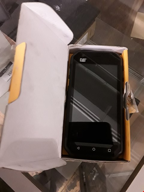 Lot 181 BOXED CAT S30 SMARTPHONE  RRP £325