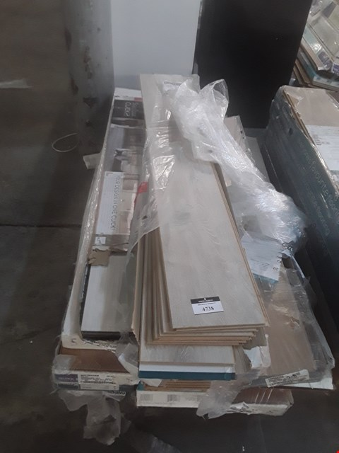 Lot 113 PALLET OF APPROXIMATELY 15 PACKS OF LAMINATE FLOORING
