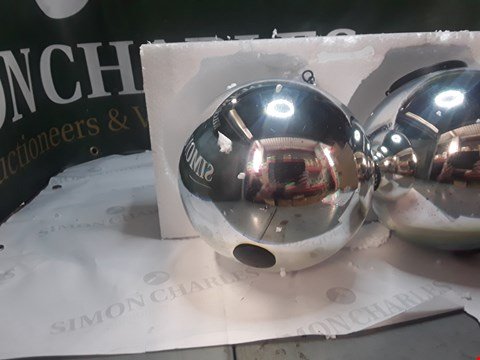 Lot 1255 LANGDONS SET OF 2 SOLAR STARGAZING SPHERES