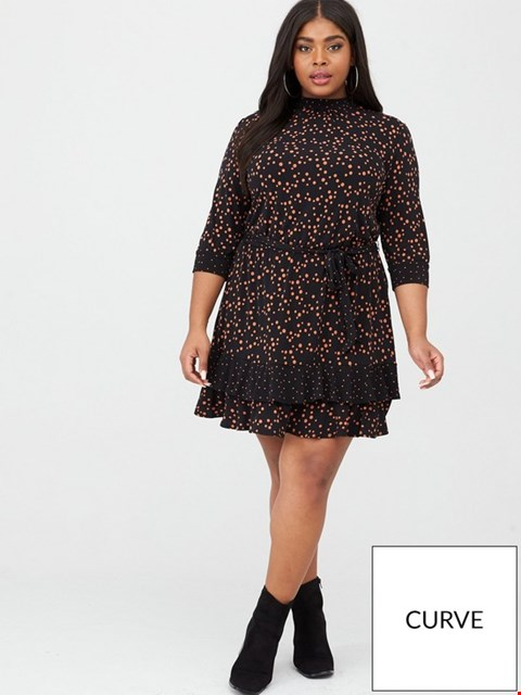 Lot 3731 BRAND NEW OASIS CURVE THREE QUARTER SLEEVE PATCHED SPOT BLOUSE DRESS SIZE XXL