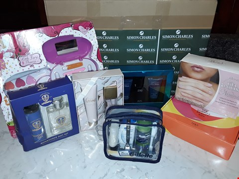 Lot 12065 LOT OF APPROXIMATELY 10 ASSORTED BEAUTY BOXSETS TO INCLUDE IBD, GILLETTE, DAVIDOFF AND FAIRY PRINCESS STYLES