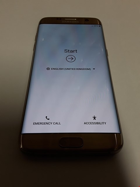 Lot 11134 SAMSUNG GALAXY S7 EDGE 32GB MOBILE PHONE - GOLD