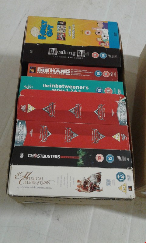 Lot 15681 A BOX OF 8 ASSORTED DVD BOX SETS TO INCLUDE A GHOSTBUSTER SELECTION AND THE INBETWEENERS SERIES 1 2 AND 3