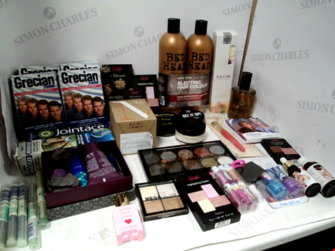 Lot 11077 LOT OF ASSORTED HEALTH & BEAUTY PRODUCTS TO INCLUDE: BED HEAD SHAMPOO & CONDITIONER, GRECIAN 2000 LOTION, TECHNIC GLITTER PALETTE, ASSORTED BATHROOM & COSMETICS PRODUCTS