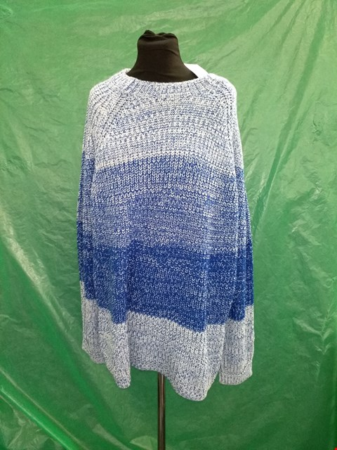 Lot 4104 DOROTHY PERKINS BLUE GRADIENT KNITTED TALL JUMPER - SIZE 20 UK