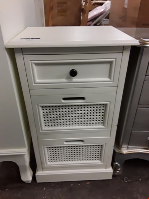 Lot 566 DECORATIVE 3 DRAWER WHITE CABINET - 2 DEEP 1 SHALLOW DRAWERS