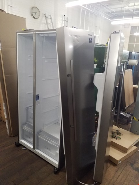 Lot 8582 SAMSUNG RS67N8210S9 SIDE-BY-SIDE FRIDGE FREEZER - 91.2 CM - 609 LITRE - REFINED STEEL  RRP £1398.99