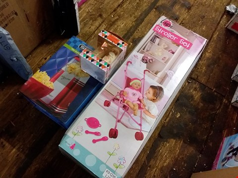 Lot 6228 LOT OF 3 GRADE 1 ITEMS TO INCLUDE SMART POPCORN POPPER, 40CM SOFT BABY DOLL AND SANCTUARY GIFT SET RRP £80