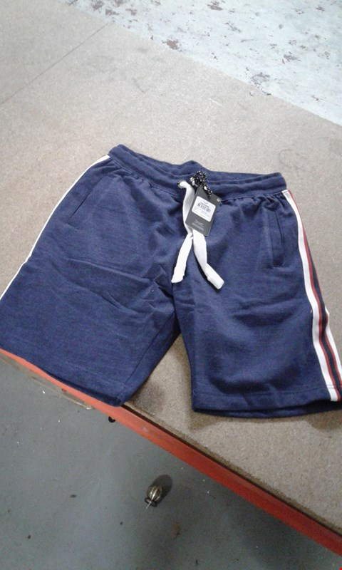 Lot 64 BOX OF APPROXIMATELY 15 PAIRS OF THREADBARE BLUE/RED/WHITE SHORTS